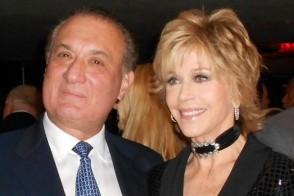Pedro J. Torres junto a Jane Fonda, célebre activista internacional pro hábitos saludables.