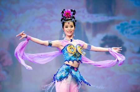 Danza China - Shen Yun Performing Arts